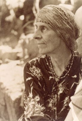 Image of famous female architect in history Marion Mahony Griffin