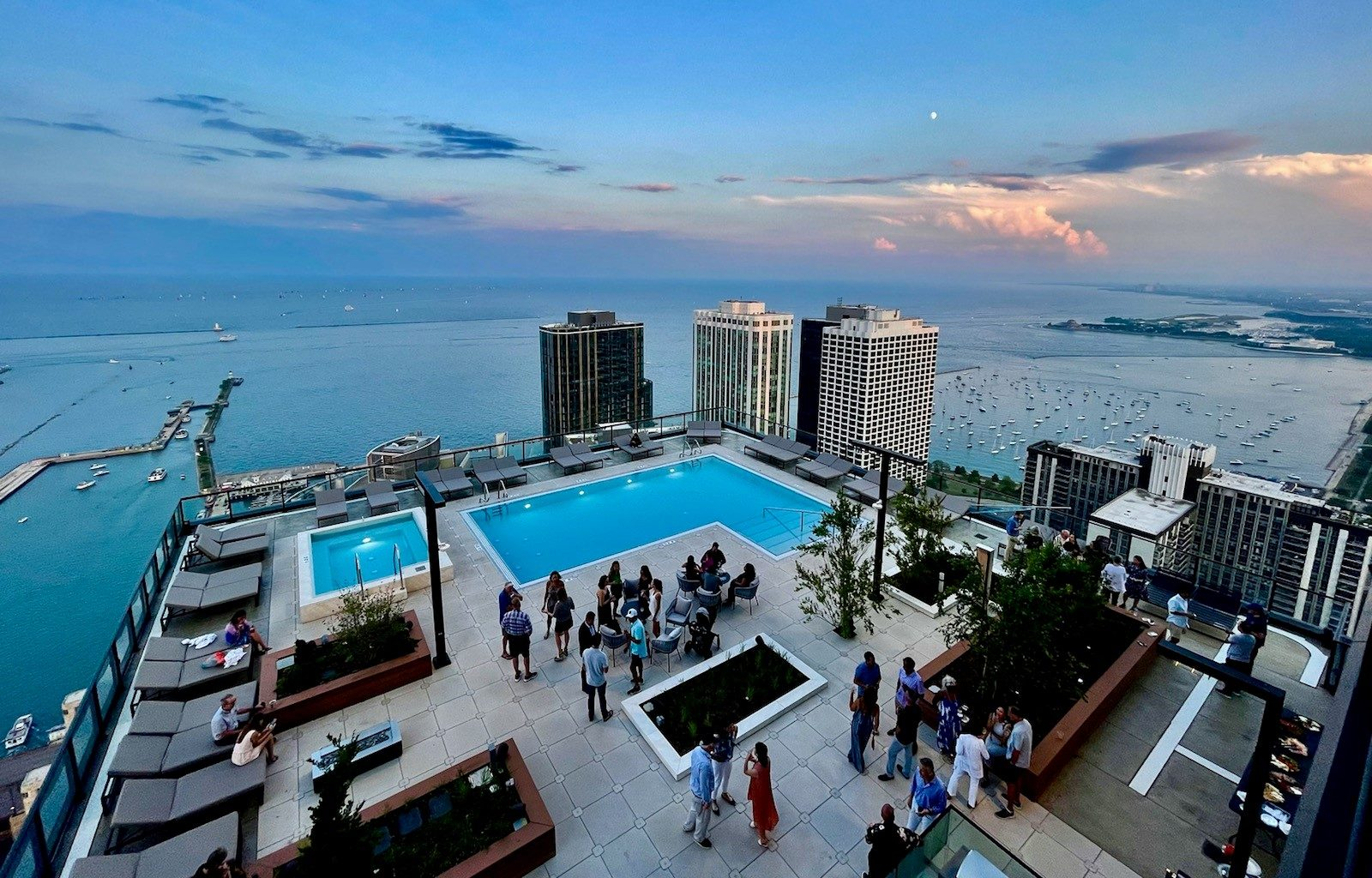The St. Regis Chicago Offers Poolside Music This Holiday Weekend